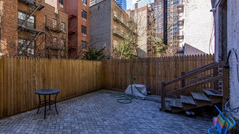 A $4,000.00, 3 bed / 1 bathroom apartment in Boerum Hill