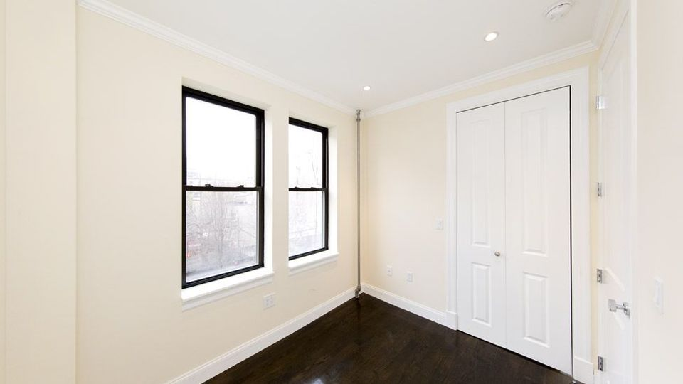 A $3,750.00, 3 bed / 1 bathroom apartment in Carroll Gardens