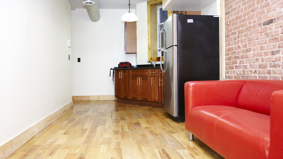 A $2,250.00, 4 bed / 1 bathroom apartment in Bed-Stuy