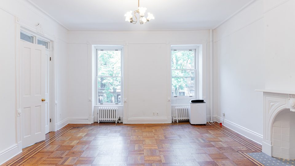 A $4,999.00, 4 bed / 2 bathroom apartment in Park Slope