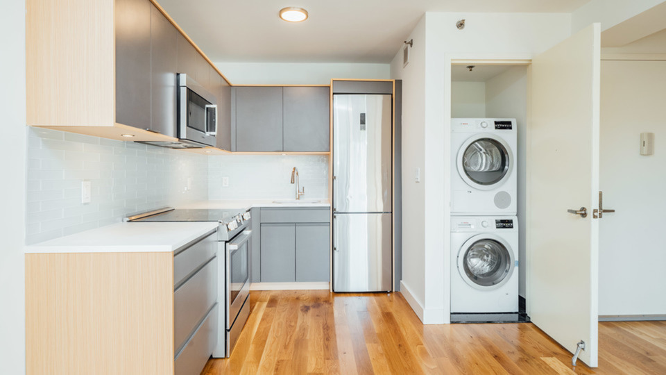 A $2,899.00, 2 bed / 1 bathroom apartment in PLG: Prospect Lefferts Gardens