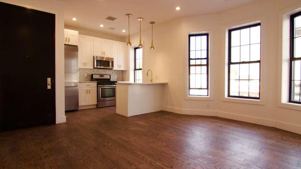 A $3,000.00, 4 bed / 1.5 bathroom apartment in Flatbush