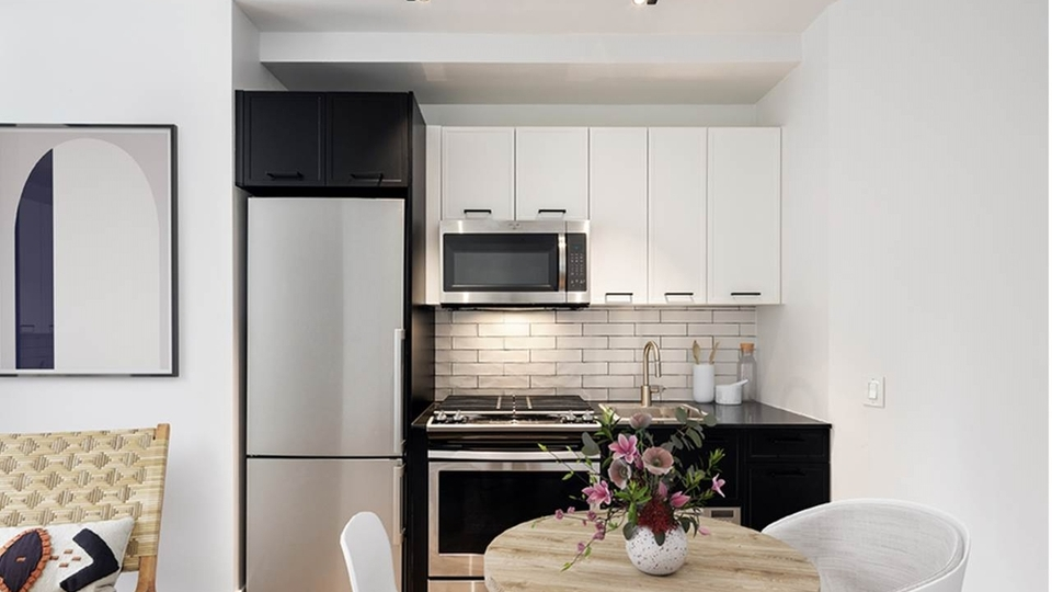 A $2,170.00, 0 bed / 1 bathroom apartment in Financial District