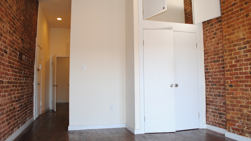 A $2,400.00, 1 bed / 1 bathroom apartment in Crown Heights