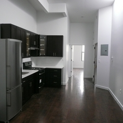 A $3,150.00, 3 bed / 1 bathroom apartment in Crown Heights