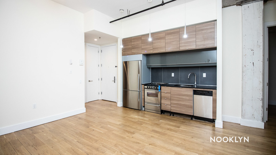 A $2,325.00, 2 bed / 1 bathroom apartment in Williamsburg