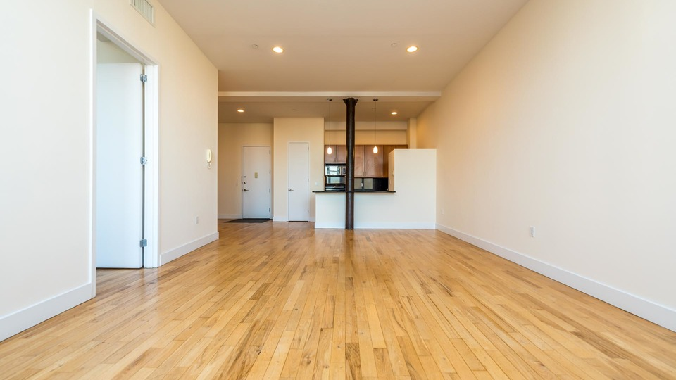 A $3,553.00, 1 bed / 1 bathroom apartment in Williamsburg