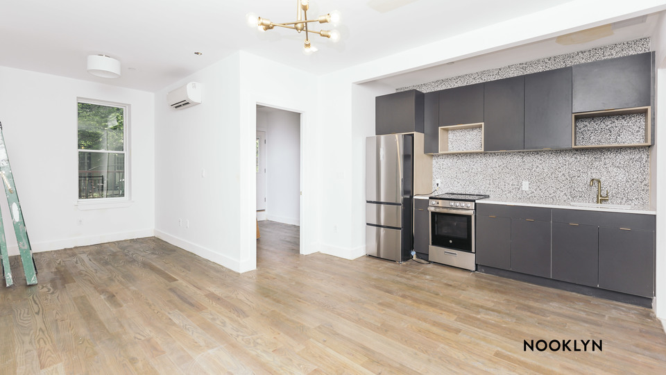 A $2,275.00, 2 bed / 1.5 bathroom apartment in Bed-Stuy
