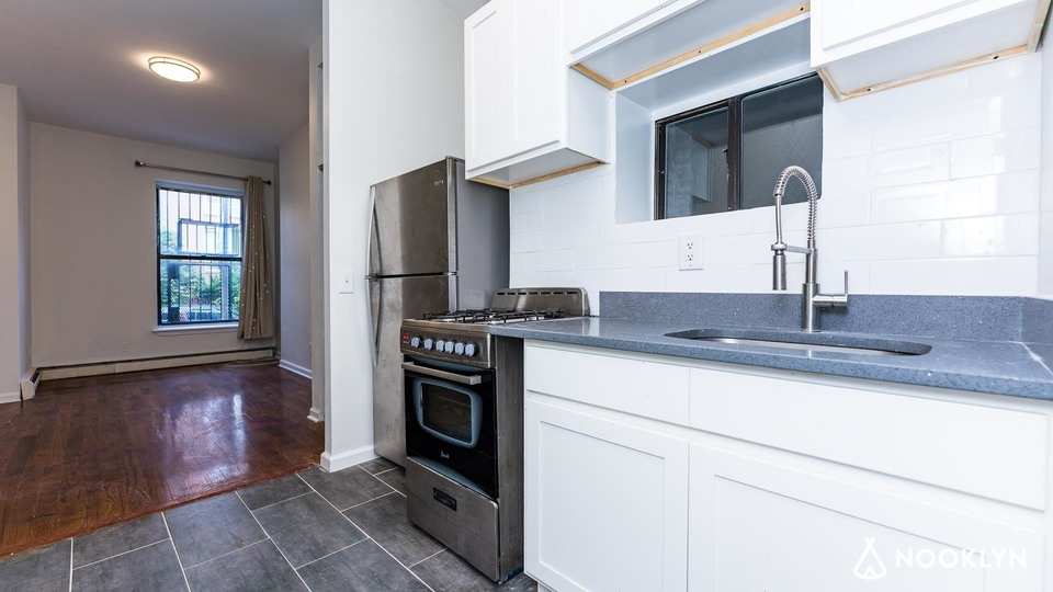 A $1,799.00, 0 bed / 1 bathroom apartment in Clinton Hill