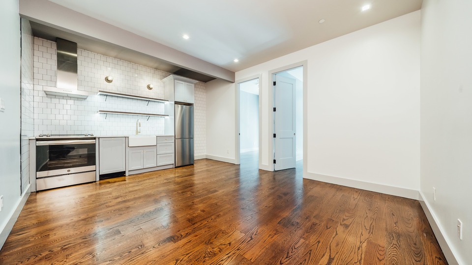 A $3,350.00, 4 bed / 2 bathroom apartment in PLG: Prospect Lefferts Gardens