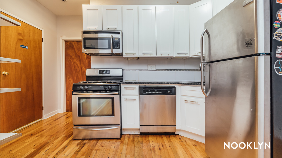 A $3,950.00, 4 bed / 2 bathroom apartment in Crown Heights