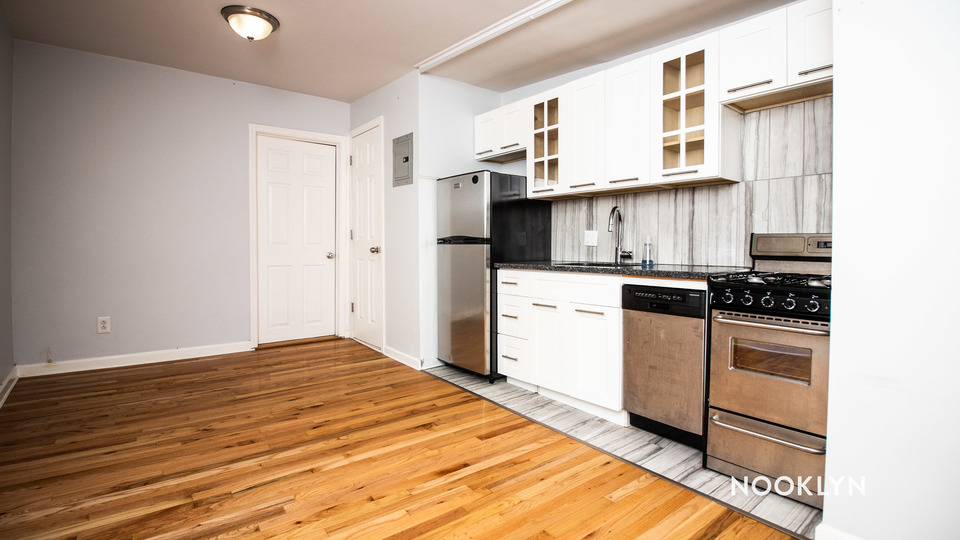 A $2,250.00, 2 bed / 1 bathroom apartment in Park Slope