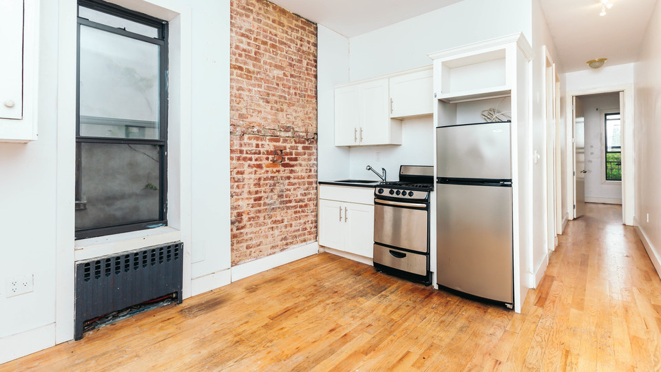 A $2,109.00, 2 bed / 1 bathroom apartment in Bushwick