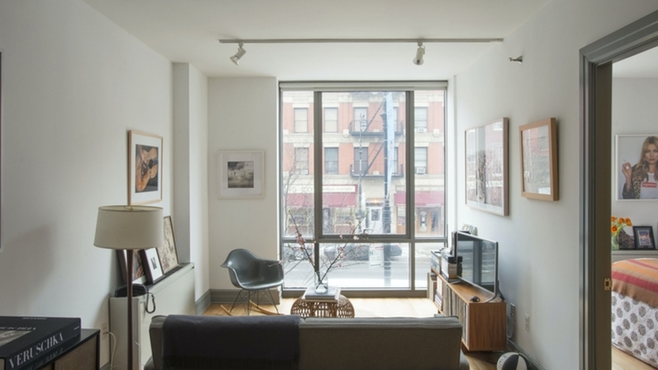 A $3,079.00, 1 bed / 1 bathroom apartment in Cobble Hill