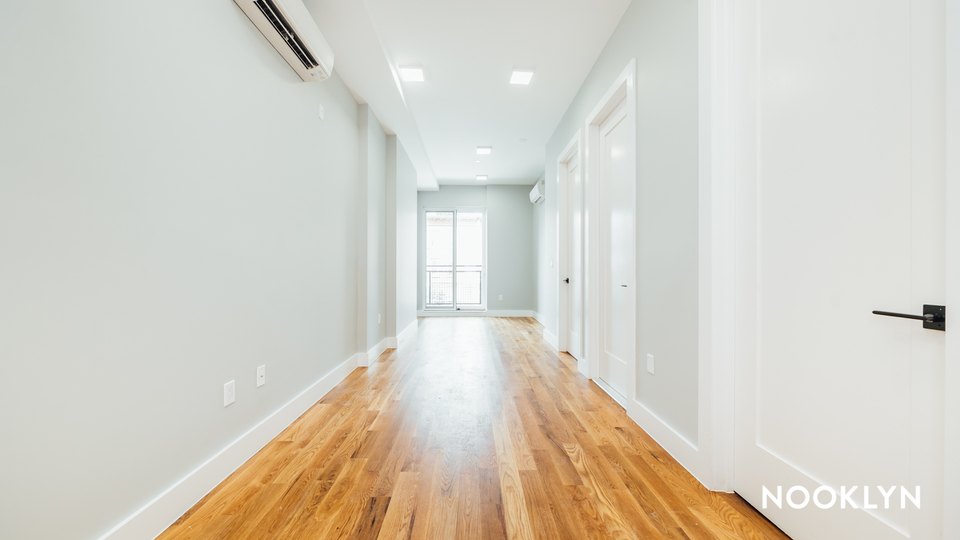 A $2,200.00, 2 bed / 2 bathroom apartment in Crown Heights