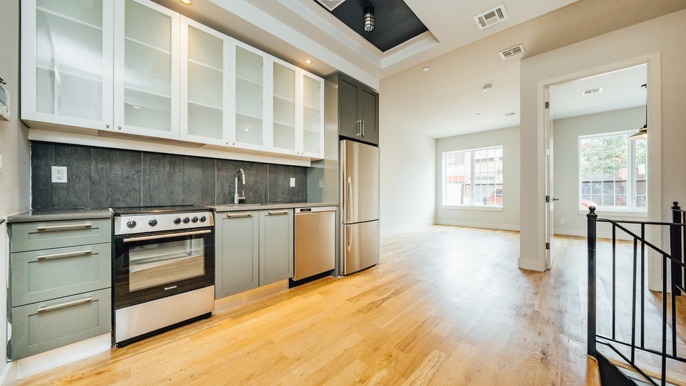 A $3,200.00, 1 bed / 1.5 bathroom apartment in Bed-Stuy