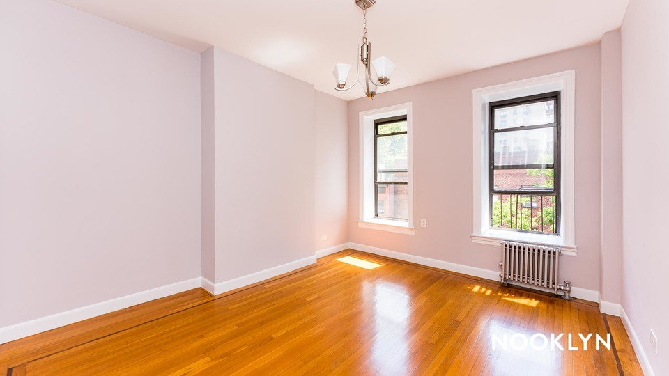 A $2,369.00, 1 bed / 1 bathroom apartment in Chelsea