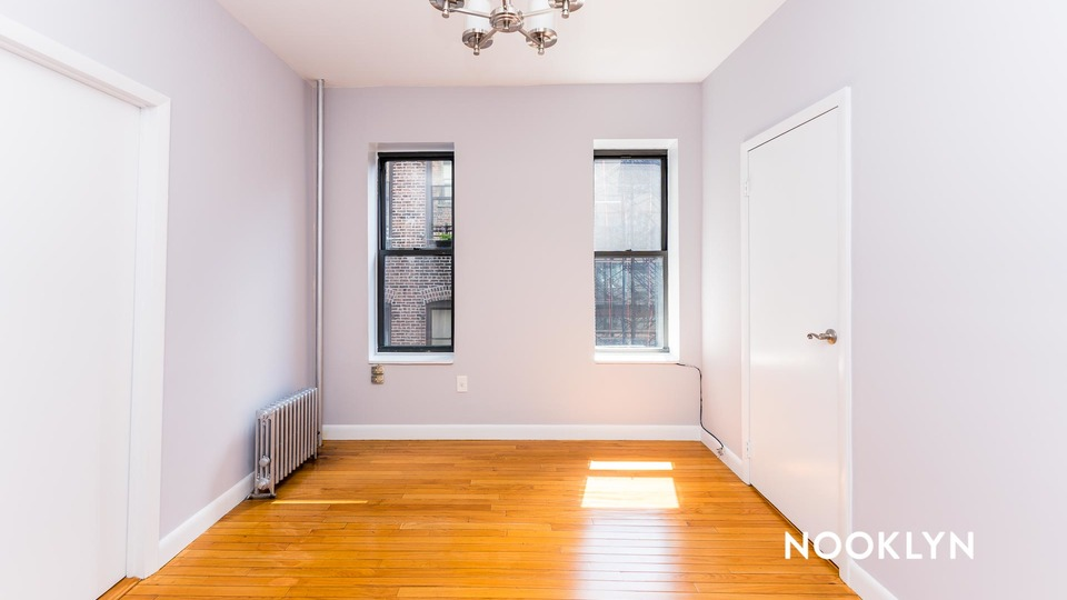 A $3,500.00, 2 bed / 1.5 bathroom apartment in Chelsea