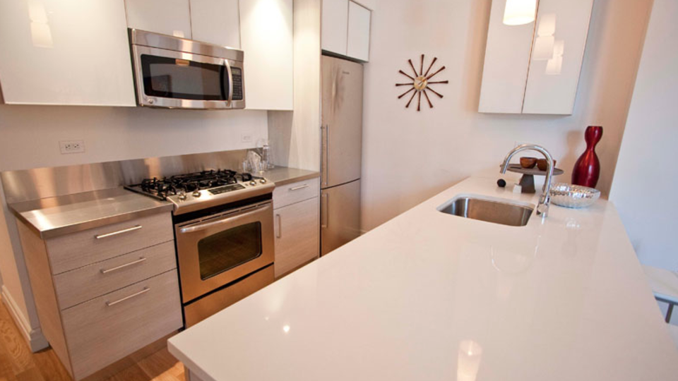A $3,263.00, 0 bed / 1 bathroom apartment in Midtown