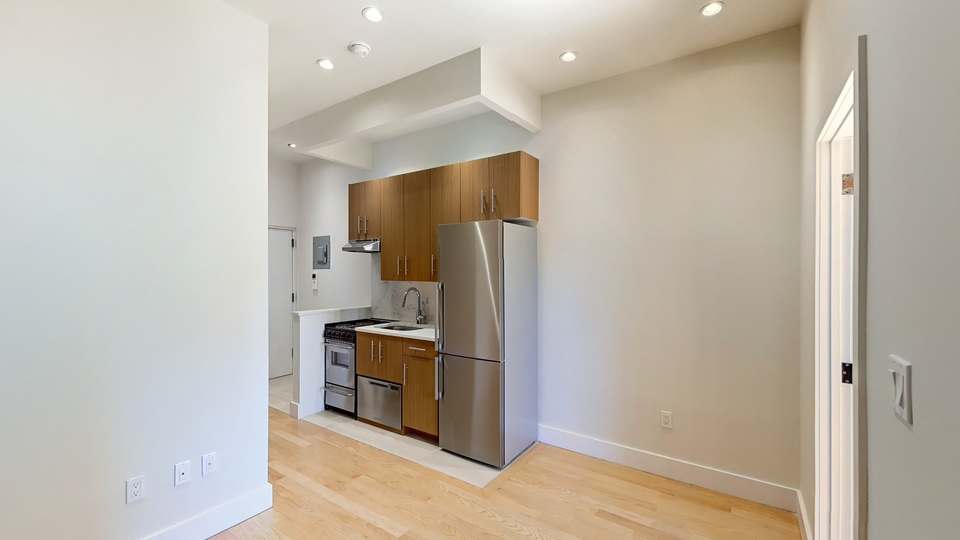 A $2,999.00, 2 bed / 1 bathroom apartment in Lower East Side