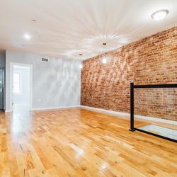 A $3,260.00, 4 bed / 2 bathroom apartment in Ridgewood