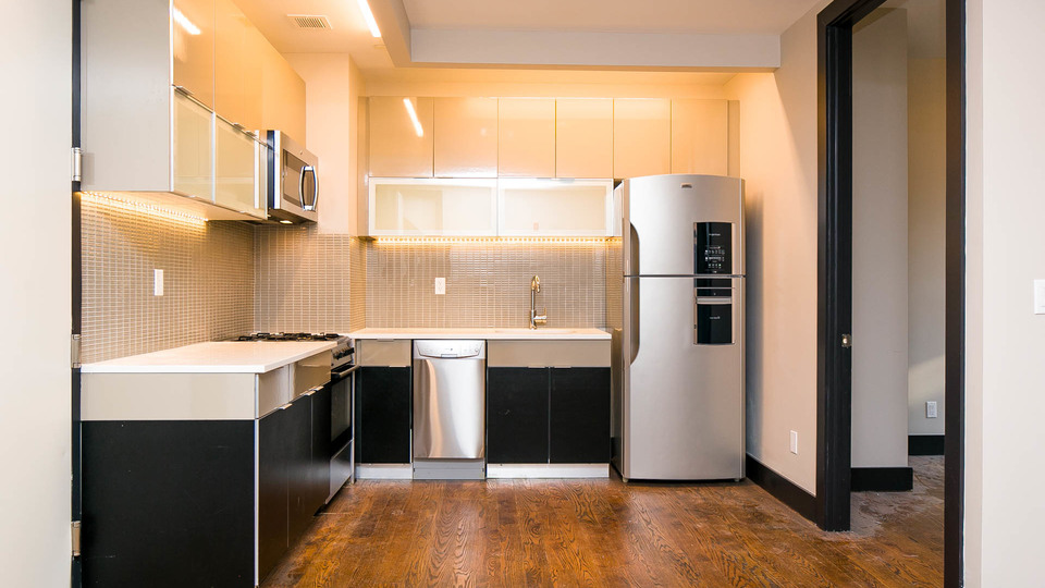 A $2,583.00, 3 bed / 1 bathroom apartment in Bed-Stuy