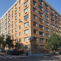 A $5,562.00, 1 bed / 1.5 bathroom apartment in West Village