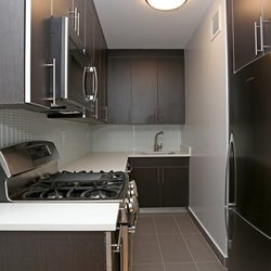 A $3,323.00, 1 bed / 1 bathroom apartment in Midtown