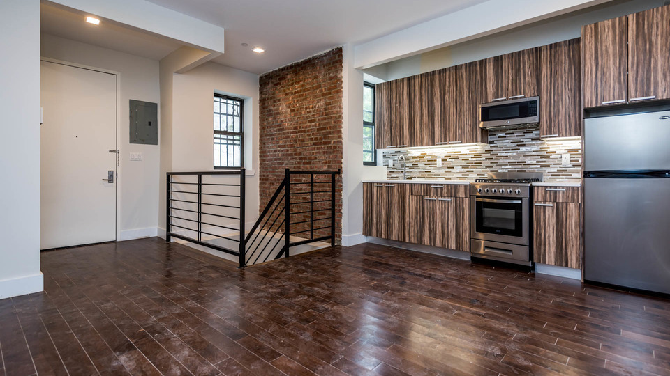 A $3,200.00, 4 bed / 2 bathroom apartment in Bed-Stuy