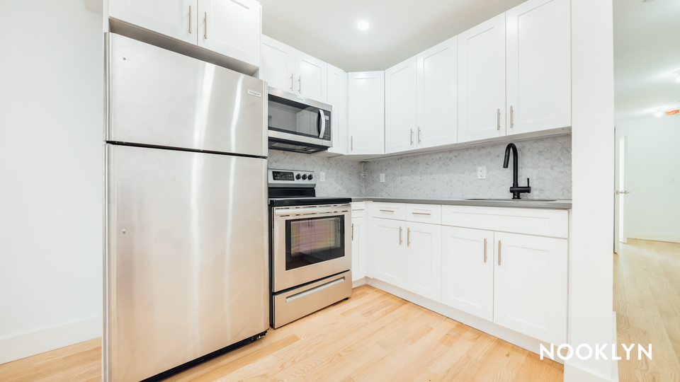 A $3,600.00, 2 bed / 1.5 bathroom apartment in Bed-Stuy