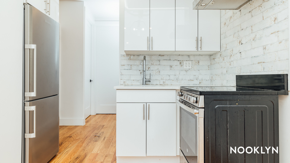 A $2,250.00, 3 bed / 2 bathroom apartment in Bed-Stuy