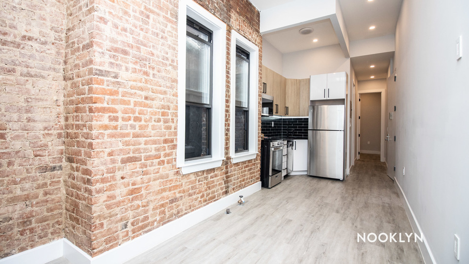 A $2,841.00, 4 bed / 1.5 bathroom apartment in Bed-Stuy