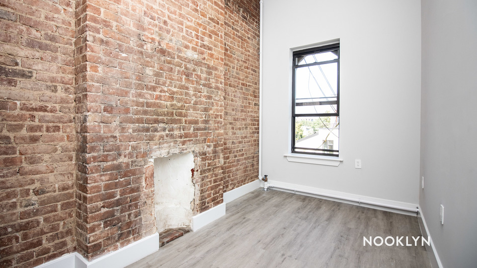 A $2,429.00, 3 bed / 1.5 bathroom apartment in Bed-Stuy