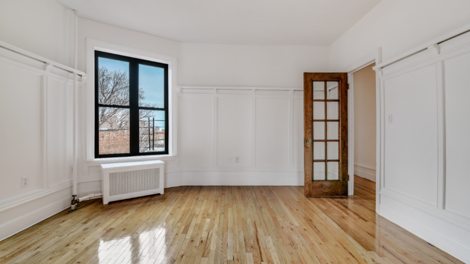 A $3,993.00, 3 bed / 1 bathroom apartment in Clinton Hill