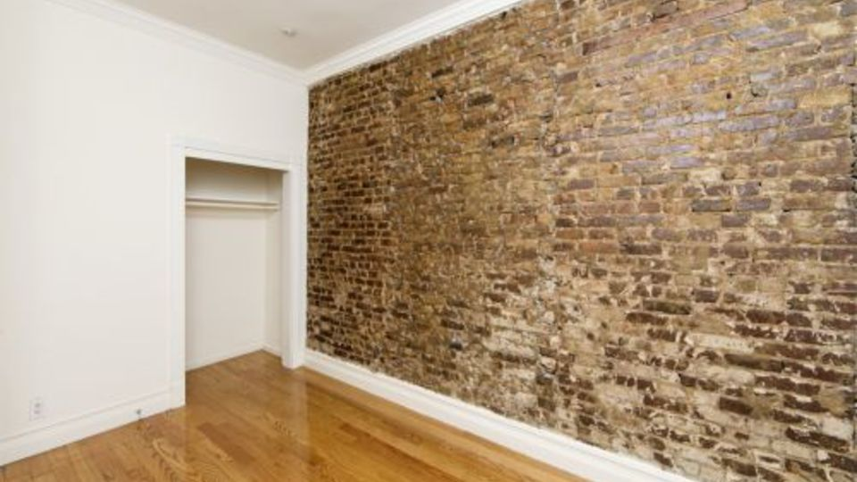 A $3,715.00, 2 bed / 1 bathroom apartment in Midtown