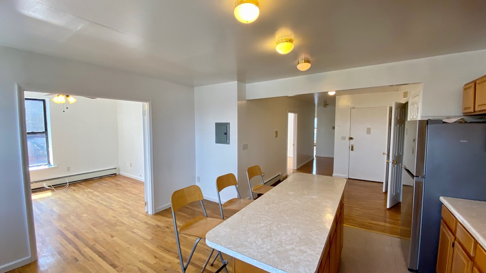 A $2,750.00, 3 bed / 2 bathroom apartment in Crown Heights
