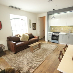 A $2,650.00, 2 bed / 1 bathroom apartment in Bushwick