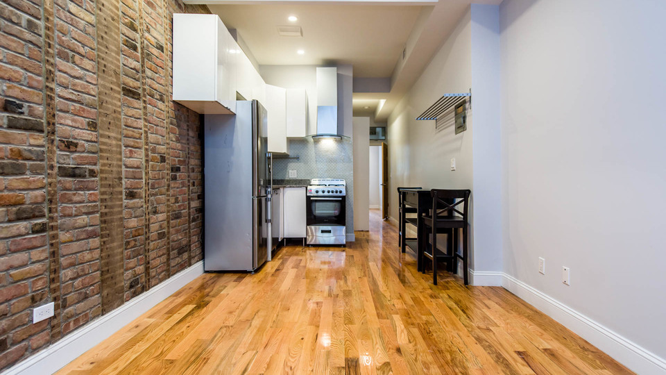 A $3,150.00, 2 bed / 2 bathroom apartment in Williamsburg