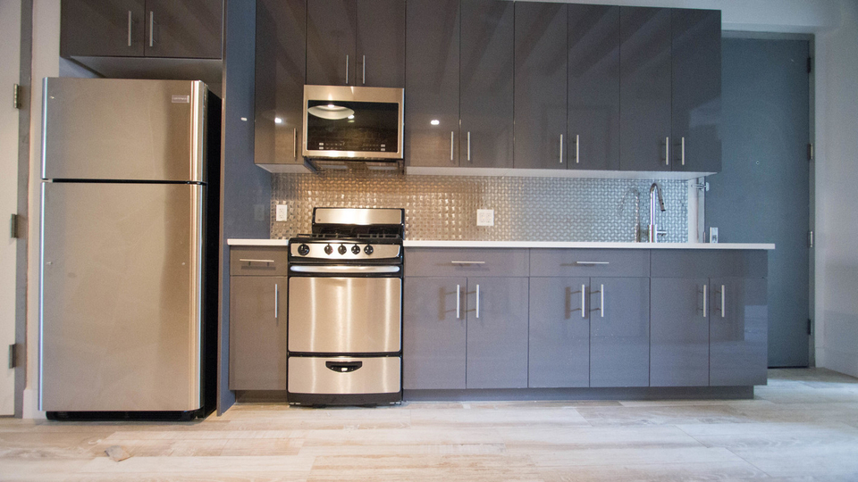 A $3,750.00, 4 bed / 1 bathroom apartment in Williamsburg