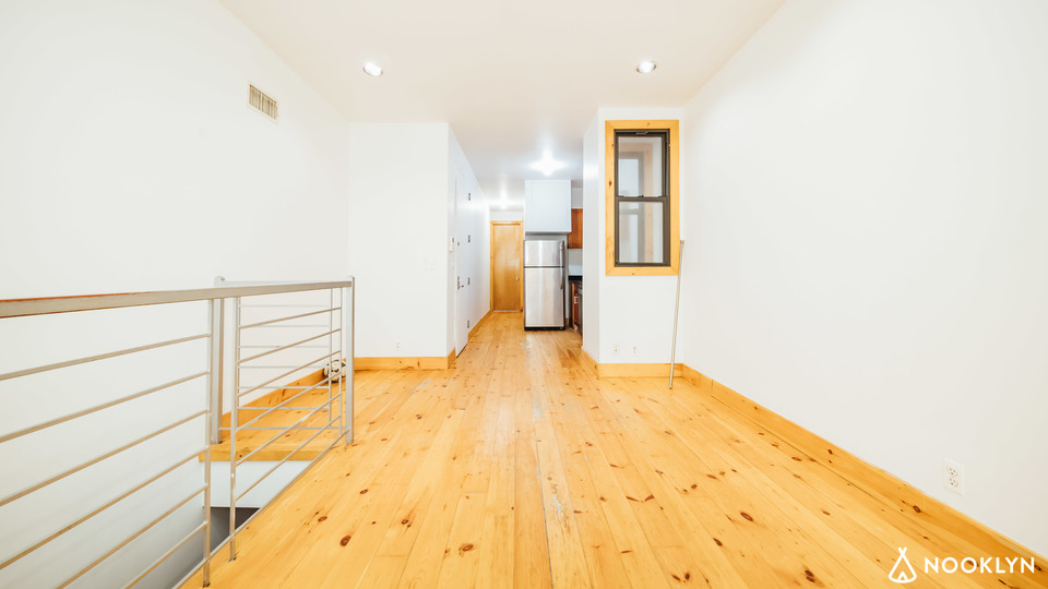 A $2,900.00, 3 bed / 1.5 bathroom apartment in Bushwick