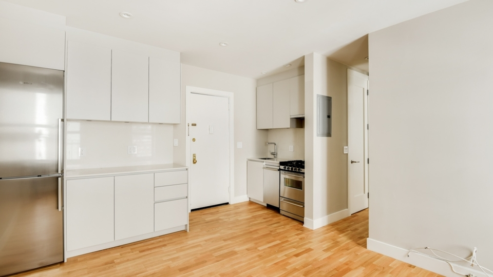 A $2,100.00, 1 bed / 1 bathroom apartment in PLG: Prospect Lefferts Gardens