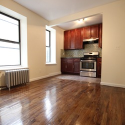 A $1,700.00, 2 bed / 1 bathroom apartment in Bed-Stuy