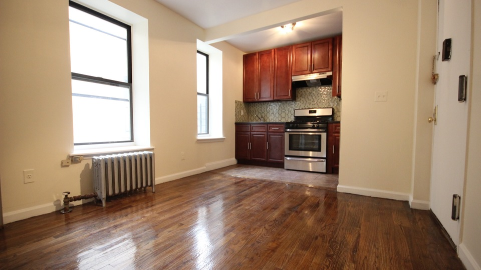 A $1,775.00, 2 bed / 1 bathroom apartment in Bed-Stuy
