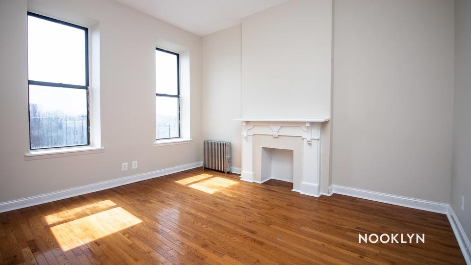 A $3,285.00, 4 bed / 2 bathroom apartment in Bushwick