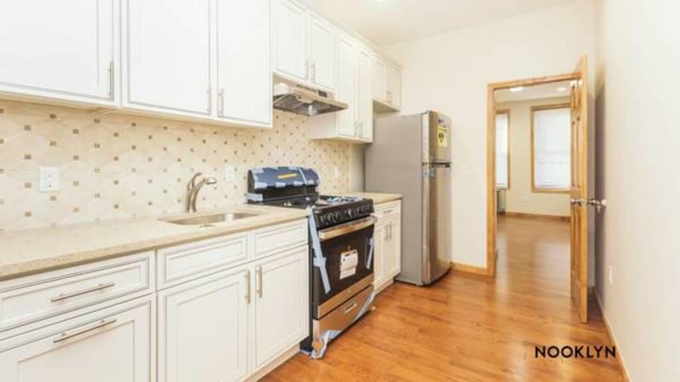 A $2,200.00, 2 bed / 1 bathroom apartment in Ridgewood
