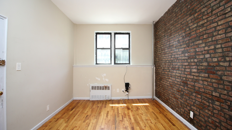 A $1,600.00, 0 bed / 1 bathroom apartment in Bed-Stuy