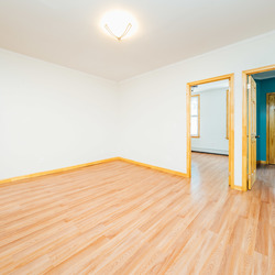 A $3,050.00, 3 bed / 1 bathroom apartment in Williamsburg