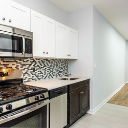 A $3,345.00, 4 bed / 1 bathroom apartment in Ridgewood