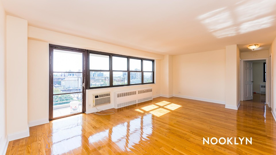A $3,000.00, 2 bed / 1 bathroom apartment in South Slope