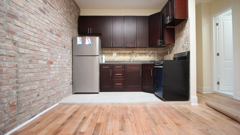 A $1,975.00, 2 bed / 1 bathroom apartment in Crown Heights